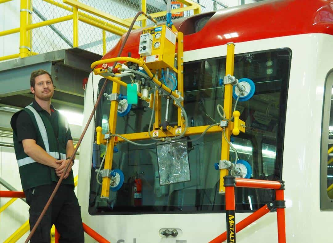 ctrain-glass-repair